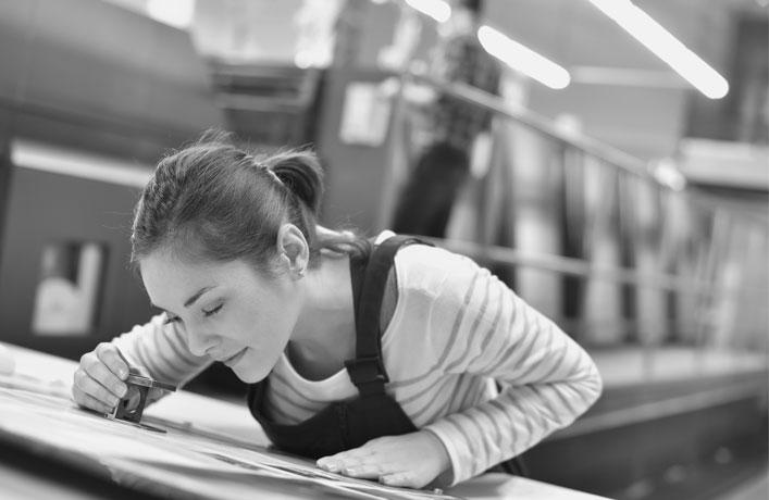 Druckerei München – Offsetdruck – Ihre Druckerei in der Region München. Wir drucken Ihre Geschäftspapiere, Visitenkarten, Formulare, Complimentkarten, Broschüren, Flyer und vieles mehr. Druckerei München – Irrgang Druck. Premium Offfsetdruck & Prägewerkstatt. Ihre persönliche & individuelle Druckerei in der Region München. Kontaktieren Sie uns! Wir sind für Sie da: 089 /56 22 95